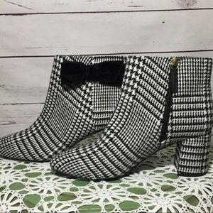 NWOB Kate Spade Harlie Prince of Whales Ankle Boot